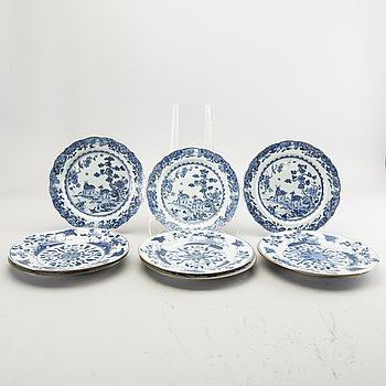 A set of 6 + 3 Chinese Qing Dynasty porcelain plates.