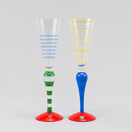"Anne nilsson, 6 champagne glasses, "" clown"", orrefors."