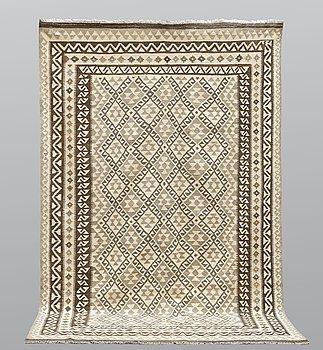 A carpet, Kilim, ca 300 x 199 cm.