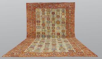 A carpet, Kilim, ca 594 x 410 cm.