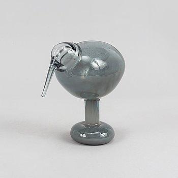 """Glass bird """"Rocky Kiwi"""" by Oiva Toikka, signed O.Toikka, Nuutajärvi, numered 673/5000."""