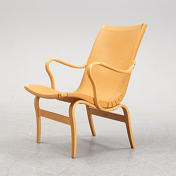 An 'Eva' lazy chair designed by Bruno Mathsson in 1941.