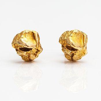 "Björn Weckström, A pair of 18k gold earrings ""Nugget"". Lapponia."