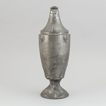 Pokal med lock, tenn, jugend, Schreuder & Olsson, Stockholm, 1909.