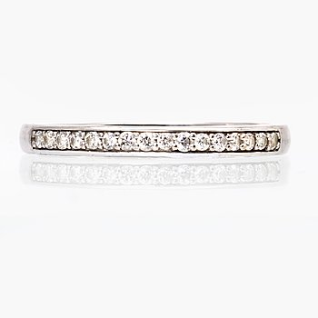 Ring 18K whitegold brilliant-cut diamonds approx 0,15 ct in total, hallmarked GHA.