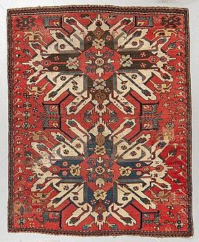 "Matta, Antik sk ""Sunburst Karabagh"" eller ""Eagle Kazak"", ca 174 x 138 cm."