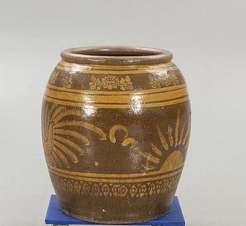 Larger floor urn  second half of the 20th century, Southeast Asia.
