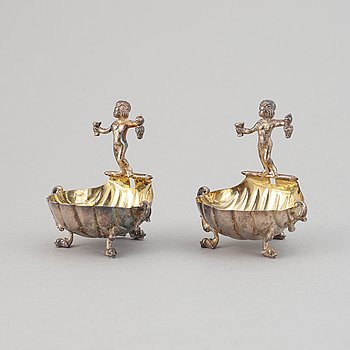 A pair of silver saltcellars by E. Dragsted, Copenhagen, 1949.