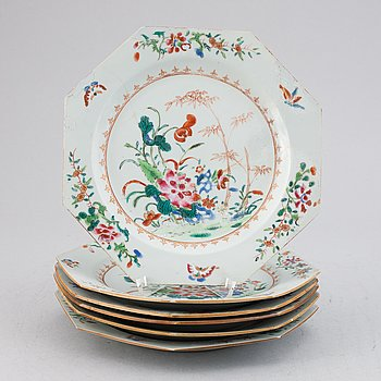 Six famille rose export porcelain plates, Qing dynasty, Qianlong (1736-95).