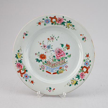 Eight famille rose export porcelain plates, qing dynasty, qianlong (1736-95).