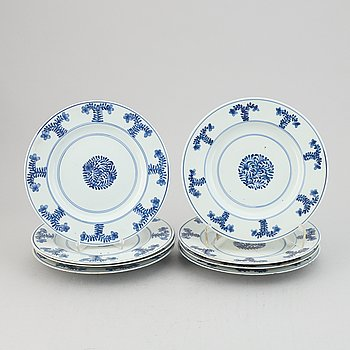 A group of eight blue and white plates, Qingdynasty, 19th Century.