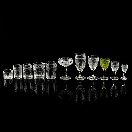 A 239 pcs glass service.