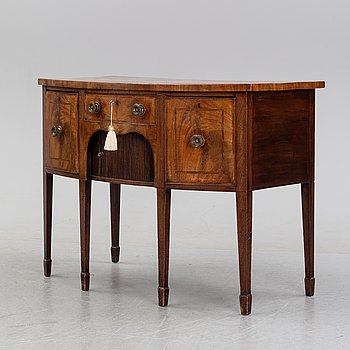 A mahogany regency sideboard, England, first half of the 19th century.
