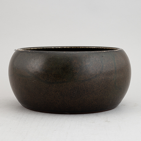 Carl harry stålhane, a large stoneware bowl for rörstrand, signed and dated 1961.