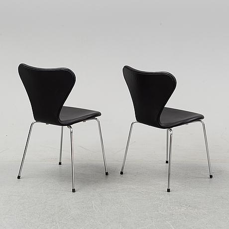 """Arne jacobsen, a set of six """"sjuan"""" chairs for fritz hansen, denmark."""