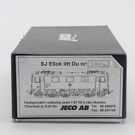 An electric locomotive litt du-338 from jeco.