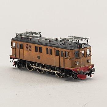 an electric locomotive litt Dg-207 from Jeco.