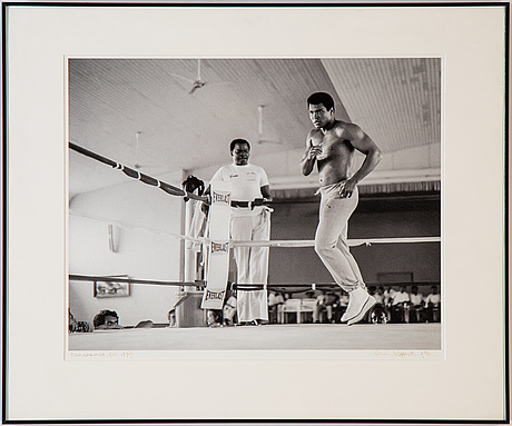 Lynn goldsmith, photograph signed and numbered 3/20.