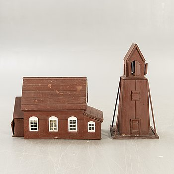 Doll's cupboard in the form of a church, around 1900.