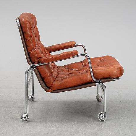 A model 'karin 73' easy chair by bruno mathsson for dux.