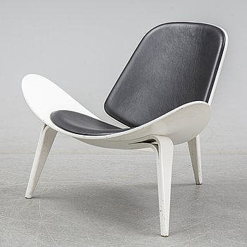 Hans J Wegner, a 'The Smiling Chair/CH07' easy chair from Carl Hansen & Søn, Odense, Denmark.