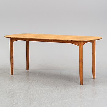 A pine wood dinner table, second half of the 20th Century.