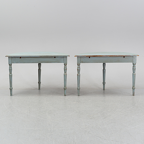 A pair of side tables, 19th century.