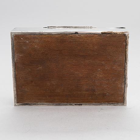 A silver cigar box, finnish controlmark by oskar lindroos, helsinki 1942.