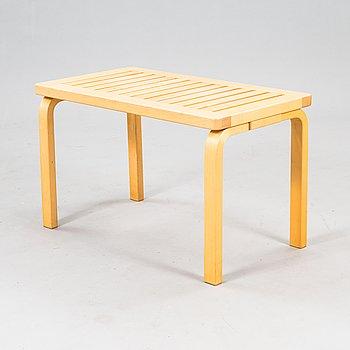 Alvar Aalto, bench '153B' for Artek.