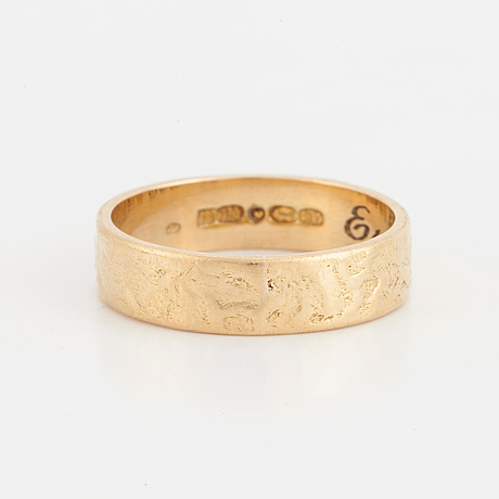 A ring 18k gold, finnish hallmarks, date letter 1969.
