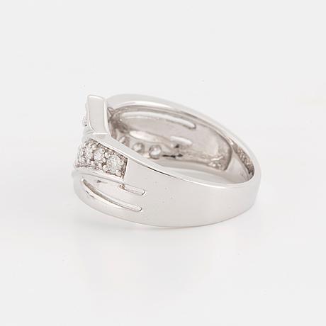 Ca 1,40 ct brilliant cut diamond ring.