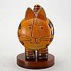 Lisa larson, a stoneware figurine from gustasvberg.