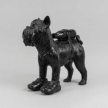 William Sweetlove, sculpture, plastic, 2011, signed 21/75.