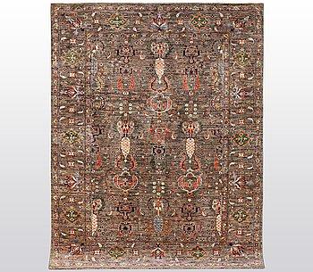A carpet, Zeiglar design, ca 244 x 180 cm.