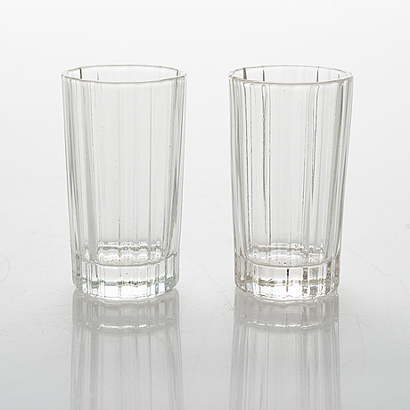 Heikki orvola, two sets of 70s 'spektro' schnapps glasses for arabia, in wood boxes, four and two in each.