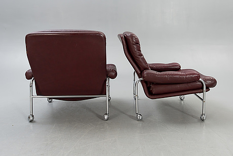 Armchairs plus footstools, a pair, second half of the 20th century.