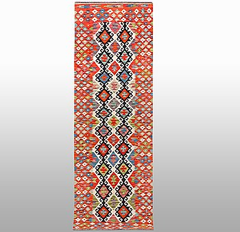 Gallerimatta, kelim, ca 291 x 84 cm.