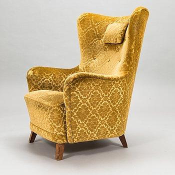 A 1950's armchair.