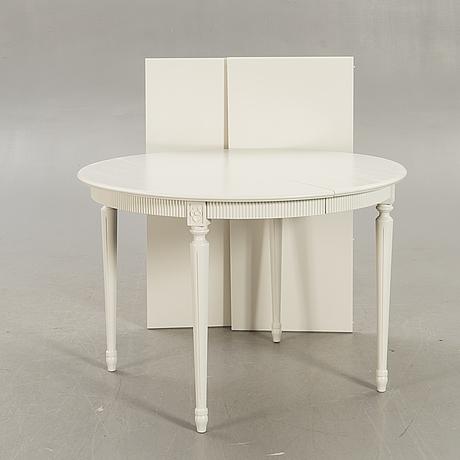 Matbord gustaviansk stil 1900-talets mitt.