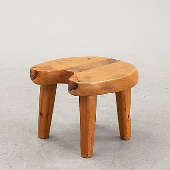 A pine wood stool, second half of the 20th Century.