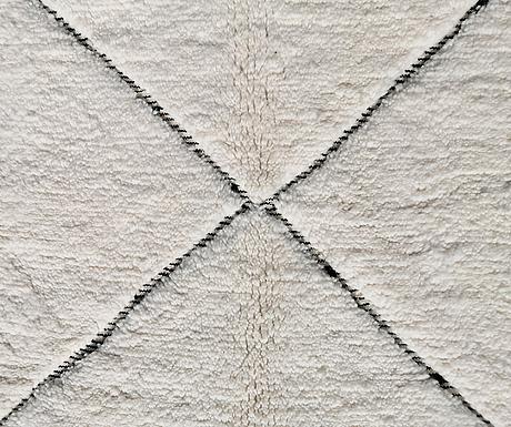 A carpet, marocco, ca 310 x 210 cm.