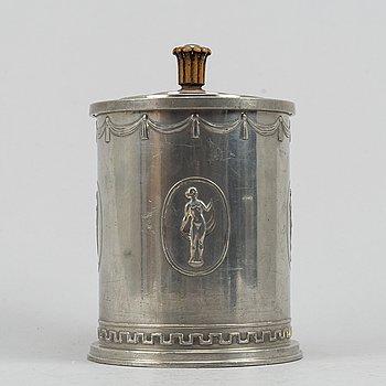 A lidded pewter jar, Swedish Grace, Schreuder & Ohlsson, Stockholm, 1927.