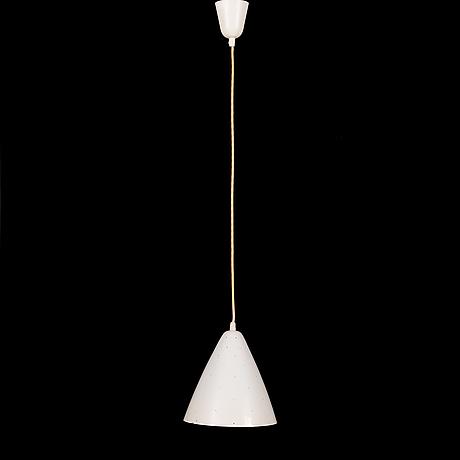Paavo tynell, taklampa, modell j1980, idman 1900-talets mitt.