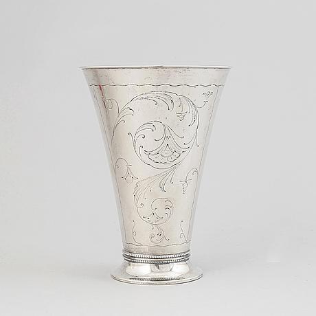 A silver beaker from edlunds silvervarufabrik, stockholm.
