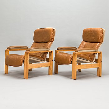 A pair of 1970's armchairs.