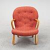 A swedish modern 'clam chair'/ 'muslingestol', 1940's-50's.