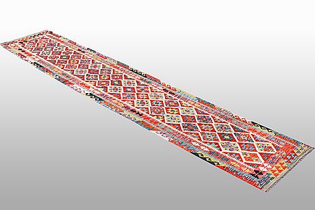 A runner, kilim, ca 463 x 82 cm.
