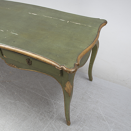 A rococo style desk, around the year 1900 with earlier parts.