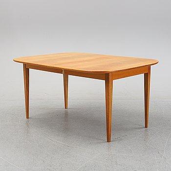 Josef Frank, a model '947' mahogany veneered dinner table for Firma Svenskt Tenn.