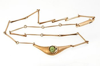 Lapponia necklace 14K gold green stone, 12,8 g, approx 44 cm.